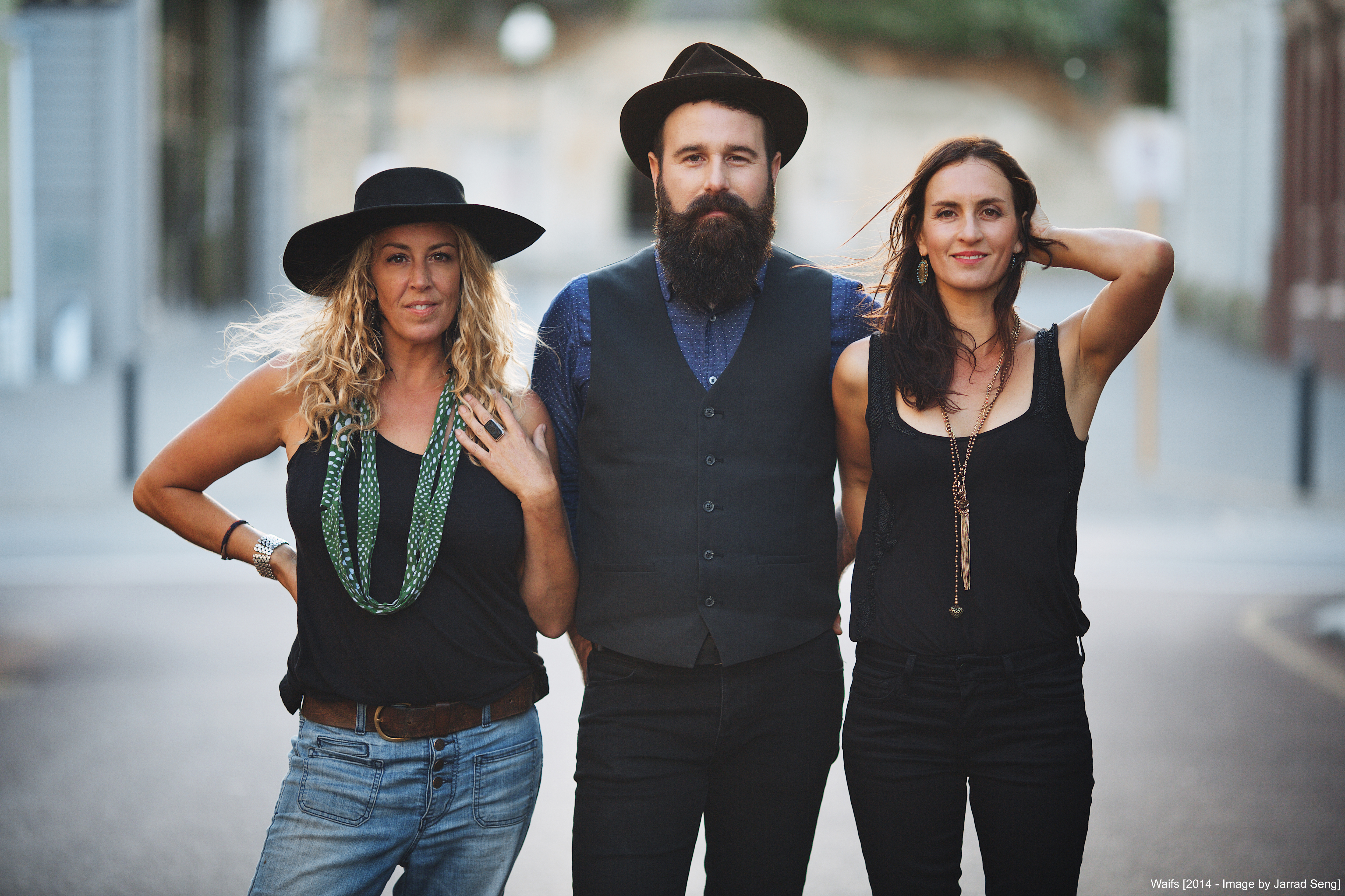 The Waifs - Publicity Images - Beautiful You