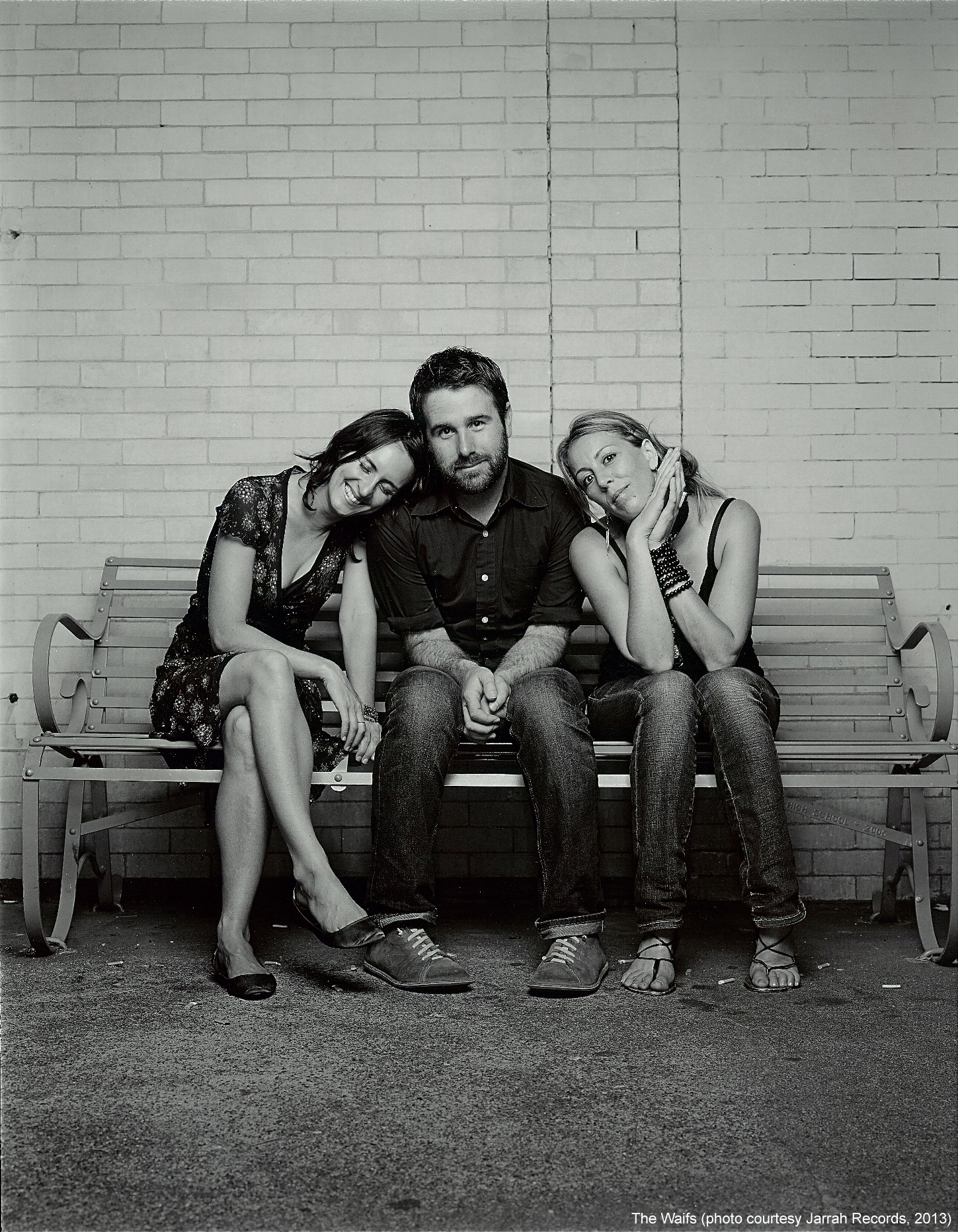 The Waifs - Publicity Images - 2013